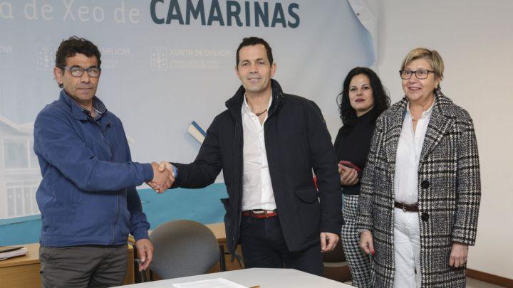 Agade firma un convenio con la cofradía de Camariñas